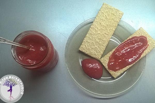 Рецепт вкусного клубничного raw джема без сахара