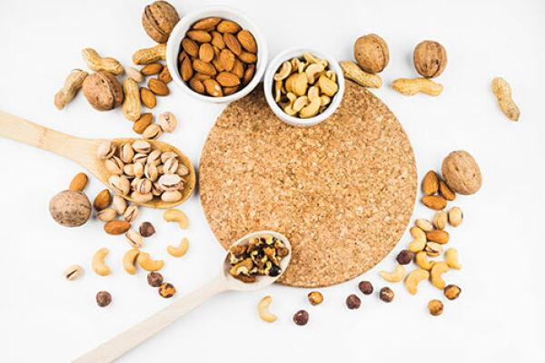 Какая польза от замачивания орехов и семян?