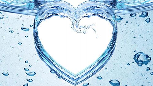 Вода узором сердце
