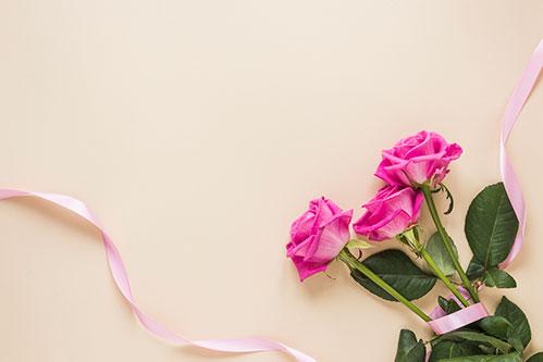 Розы и лента