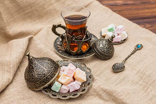 Чай и лукум