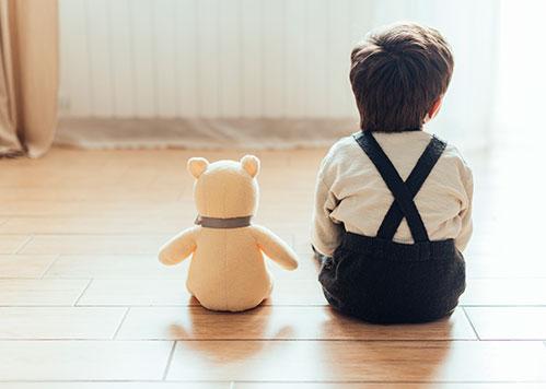 Малыш и мишка