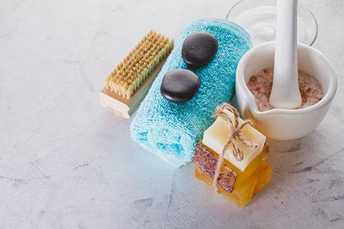 Щетка мыло и камни