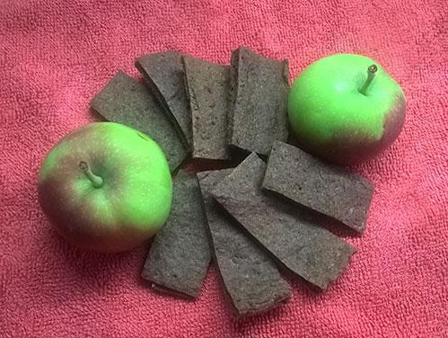 Яблоки и хлебцы