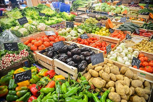 Органические овощи и фрукты рынок