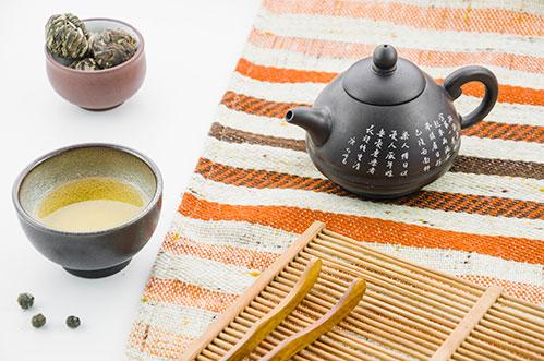 Глиняный чайник