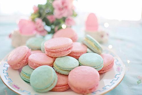 Macarons пирожные